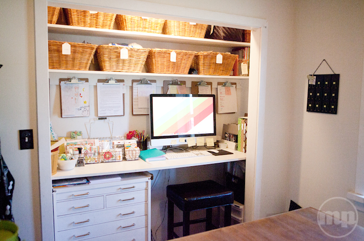 ... closet office space 13 & 15 Closets Turned into Space-Saving Office Nooks