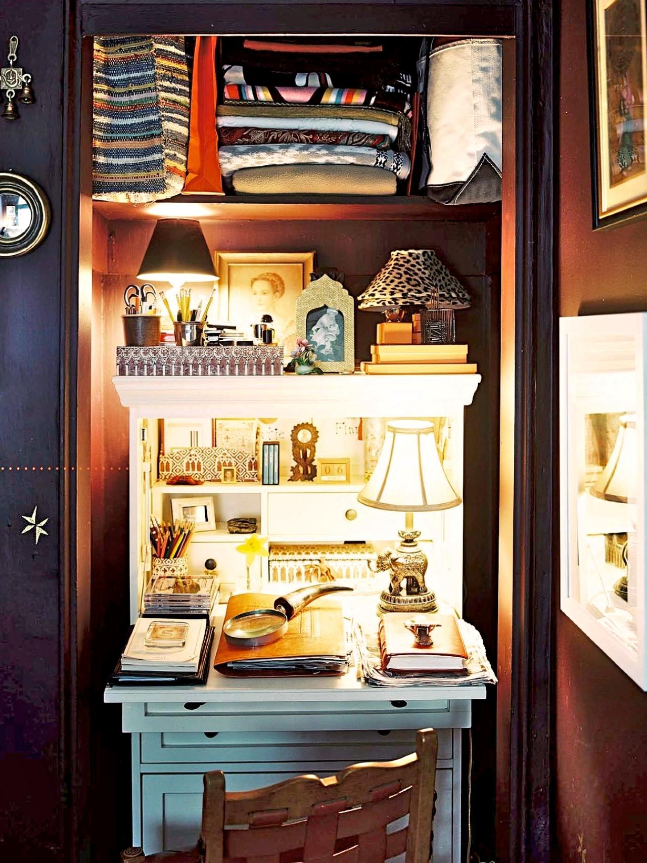 Incredible 15 Closets Turned Into Space Saving Office Nooks Largest Home Design Picture Inspirations Pitcheantrous