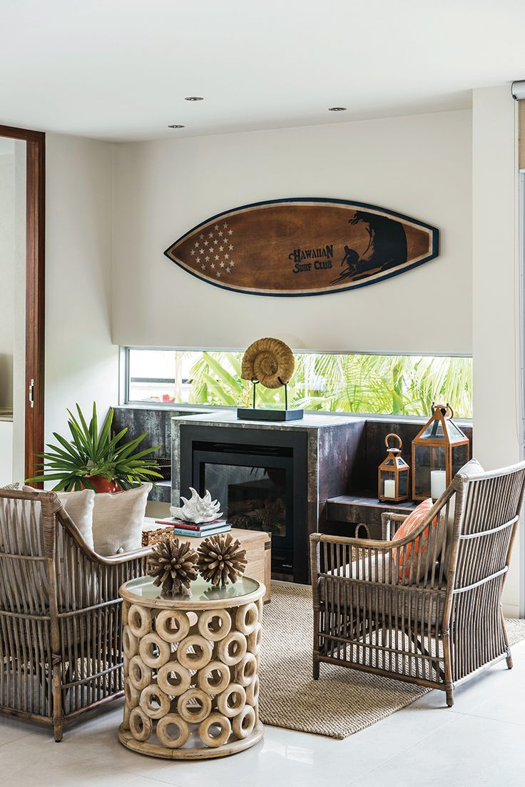 ... den surfboard wall art 3 & 16 Beachy Surfboard Decorating Ideas