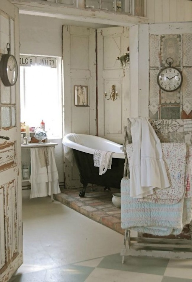 18 bathrooms for shabby chic design inspiration. Black Bedroom Furniture Sets. Home Design Ideas