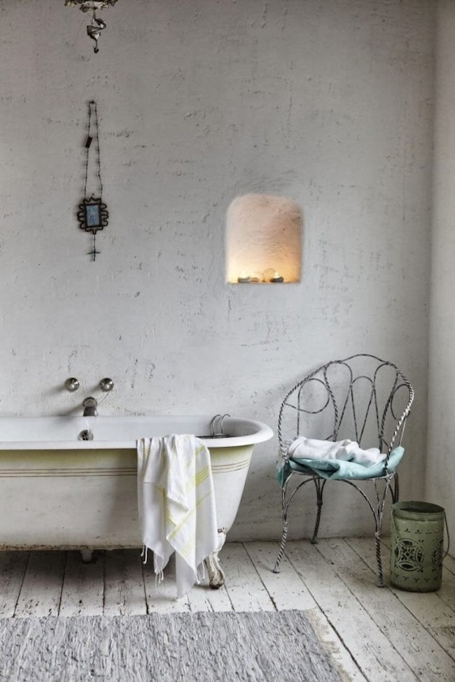 Old Tub And Chair Bring Paired With Rustic Flooring Brings A Very