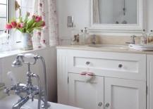 shabby-chich-bathroom-17-217x155