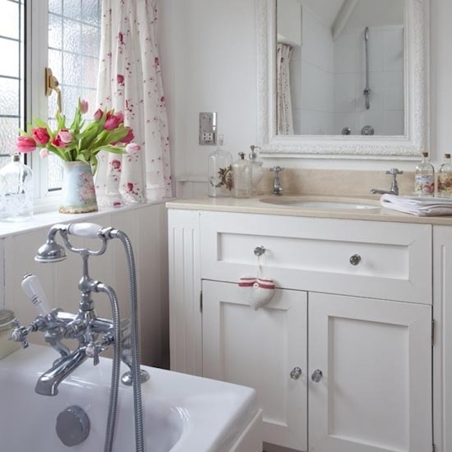 Shabby Chic Bathrooms: 18 Bathrooms For Shabby Chic Design Inspiration