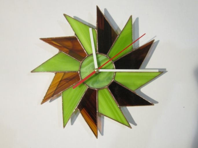 stained glass clock 9