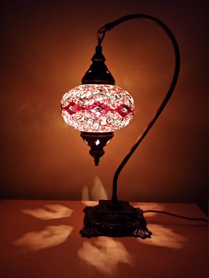 stained glass lamp 12