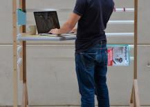 Fully adjustable standing desk design