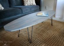 surfboard coffee table 12 217x155 16 Beachy Surfboard Decorating Ideas
