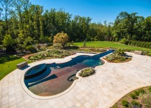 Backyard pool shaped like a 1700s era Stradivarius violin