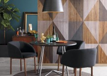 A statement wall makes a dining room stand out 217x155 Dining Room Decor Ideas That Make a Statement