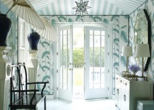 Amazing-wallpapered-entryway-217x155