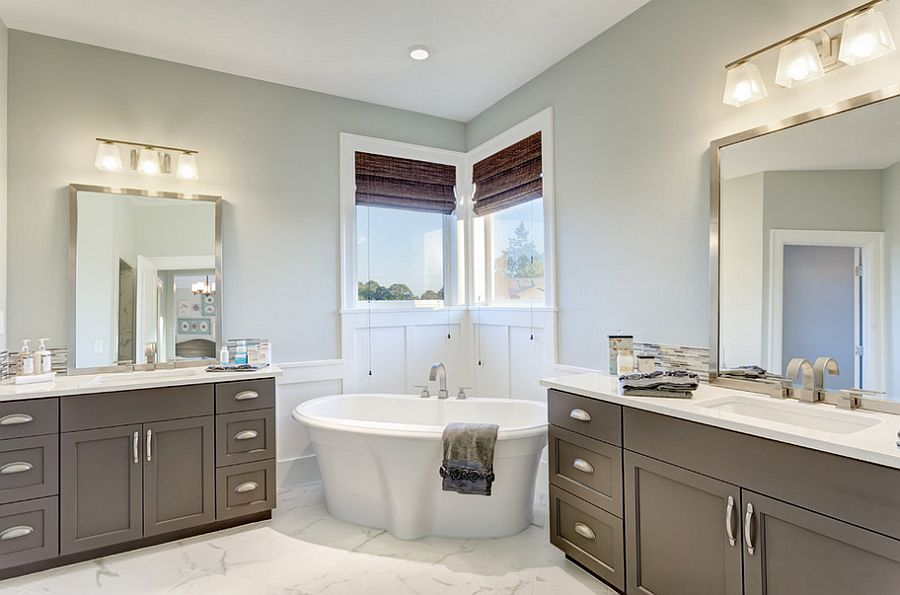 An easy way to add standalone bathtub to the bathroom corner [Design: Axiom Luxury Homes]