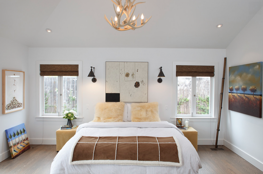 Antlers used as a chandelier for the bedroom