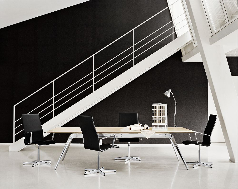 Arne Jacobsen Oxford Chair is  Danish Modern Classic!