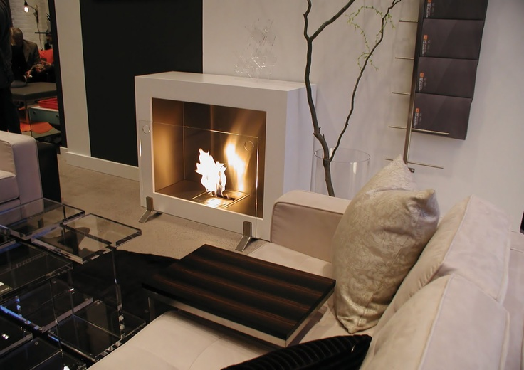 Aspect modern ventless designer fireplace from ecosmart for Contemporary ventless fireplace