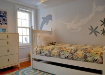 Beautiful Mermaid wall mural for the small kids' bedroom