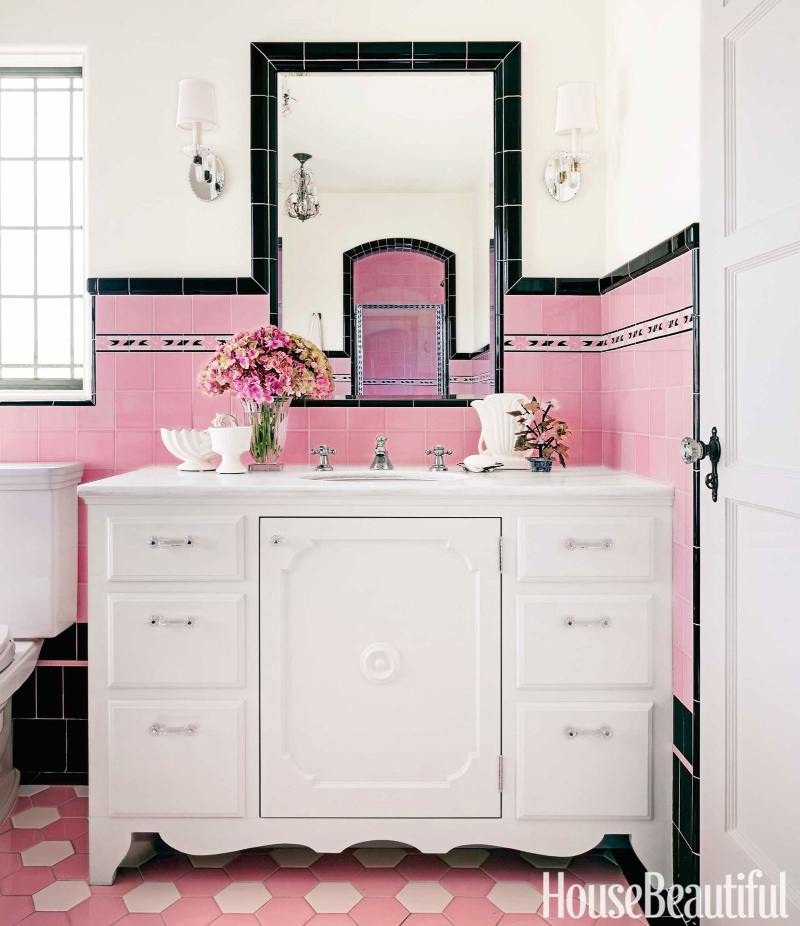 Spectacularly pink bathrooms that bring retro style back for Bathroom ideas red and black