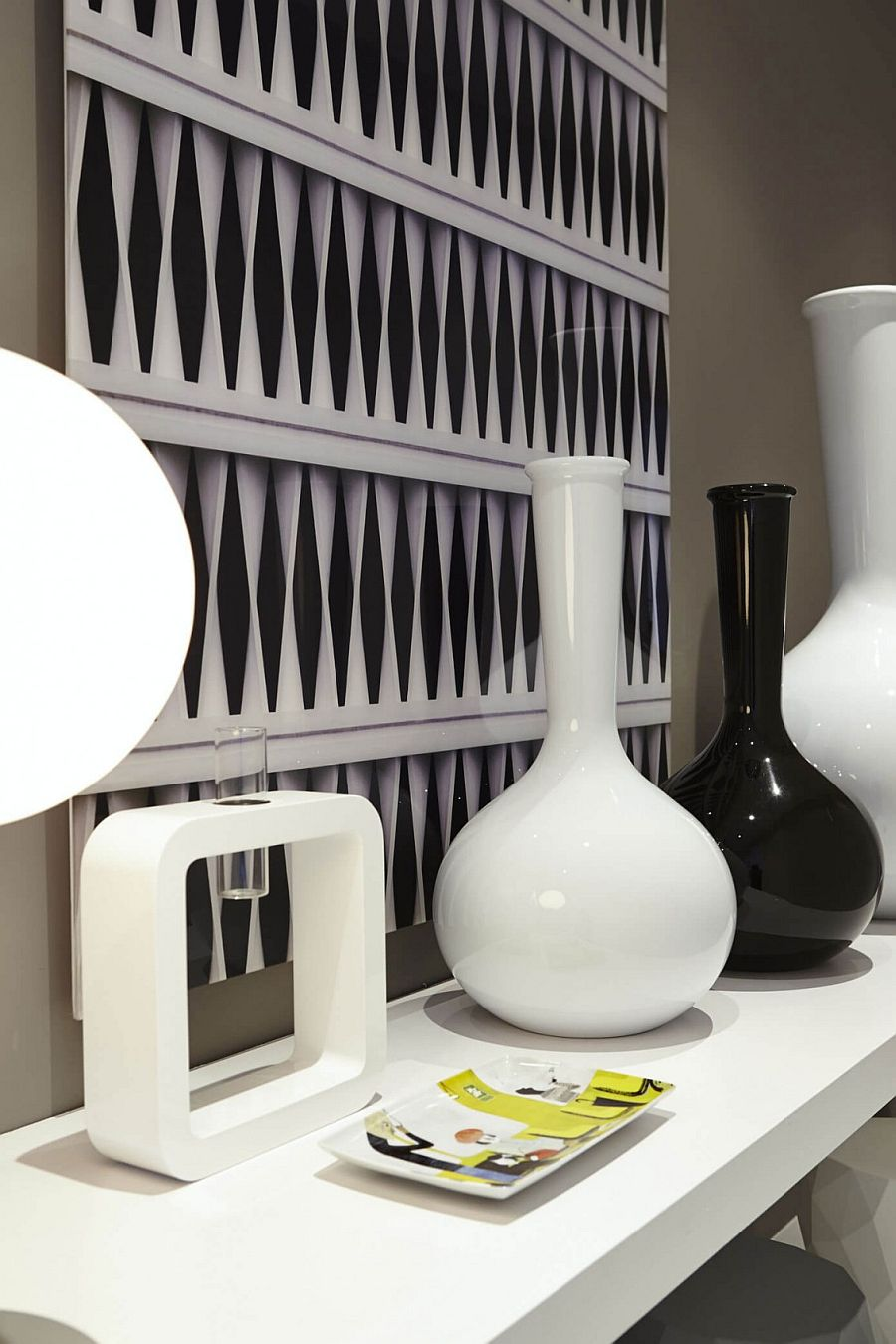 Black and white accessories for the traditional interior
