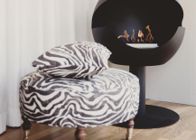 Black globe fireplace from Vauni 217x155 12 Cozy & Portable Fireplace Ideas for the Modern Home