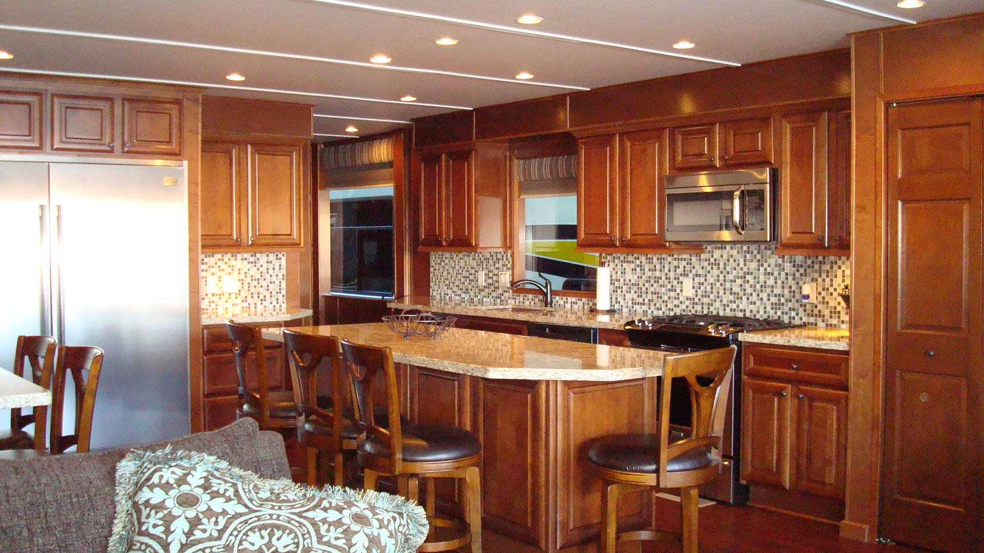 Bravada Luxury Houseboat Kitchen
