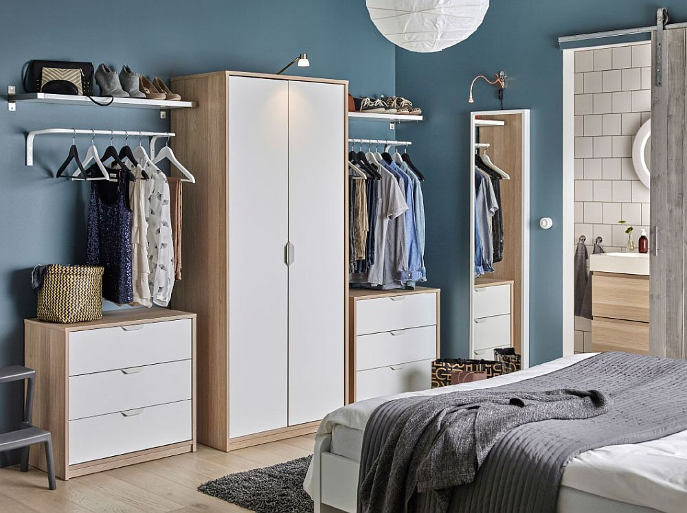 50 ikea bedrooms that look nothing but charming for Bedroom closet organizers ikea