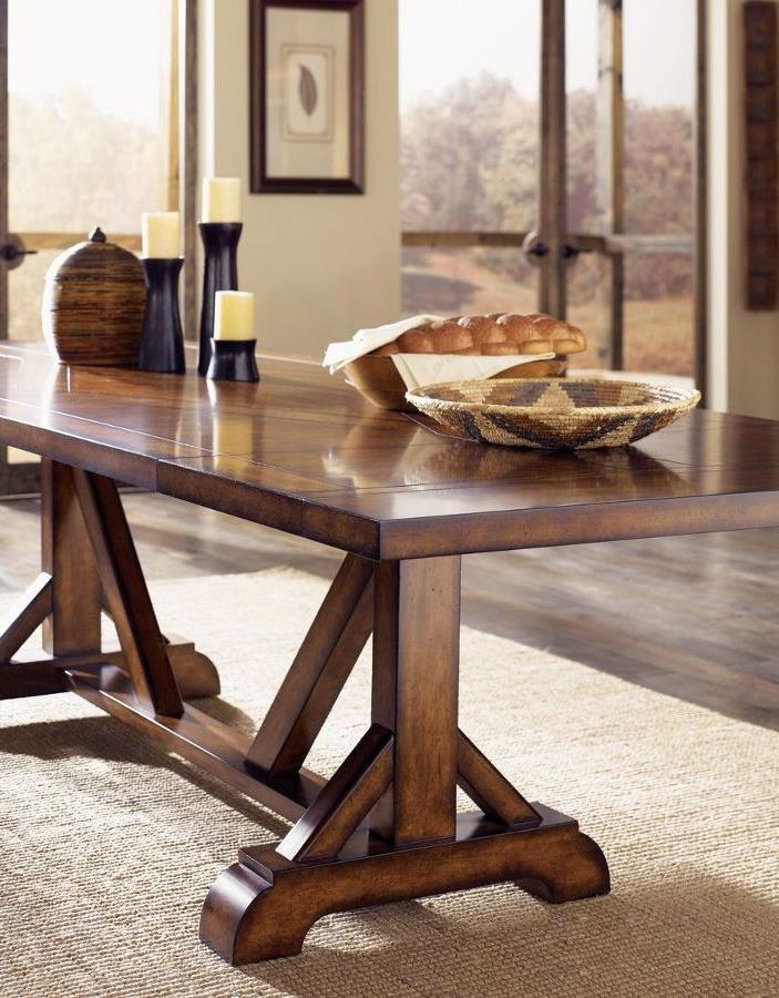 17 Elegant Classic Trestle Tables : Classic pine trestle table from www.decoist.com size 703 x 900 jpeg 104kB
