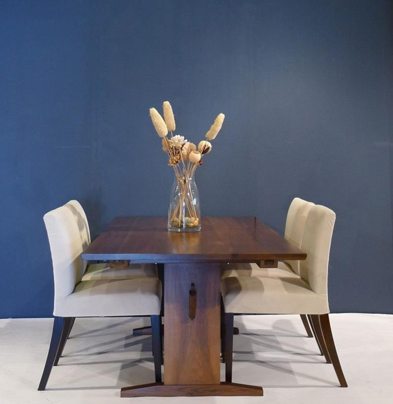 Classic trestle table dining table