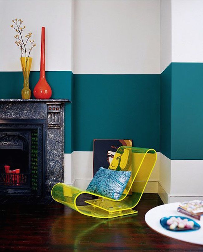 ... Dark Turquoise Color Blocking In Living Room