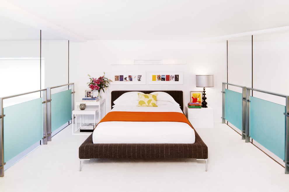 Color, style and finish unite these bedside tables [Design: Diego Alejandro]