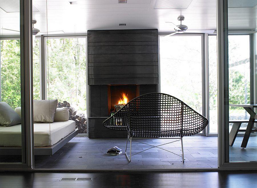 Contemporary decor ideas for the modern sunroom [Design: Streeter & Associates]