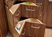 Corner drawers maximize the storage space of your kitchen workstation