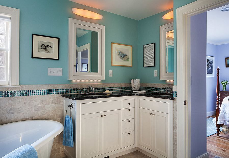 View In Gallery Custom Corner Vanity For The Modern Bathroom [Design:  Mahoney Architects]