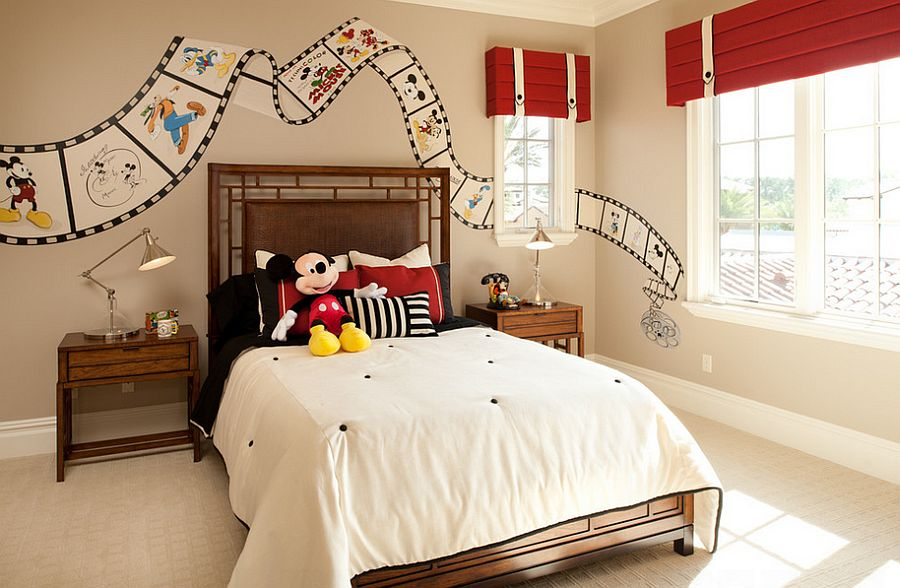 ... Custom-painted Disney film strip on the bedroom walls [From:  FrazierFoto]