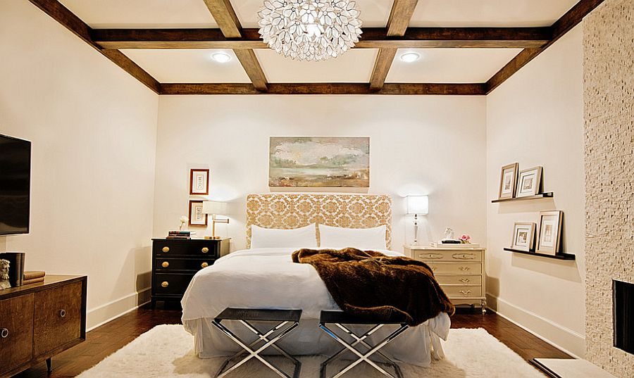 Bedrooms that Wow with Mismatched Nightstands