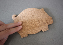 DIY Pig Cork Coaster Tutorial 217x155 How to Make Adorable and Inexpensive Pig Shaped Coasters Out of Cork