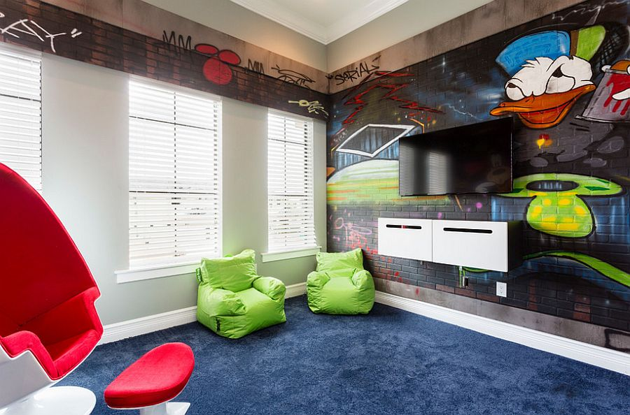 Eclectic kids' room where the walls come alive! [Design: Suzanne Nichols Design Group]
