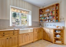 Farmhouse-style-kitchen-with-lovely-wooden-cabinetry-217x155