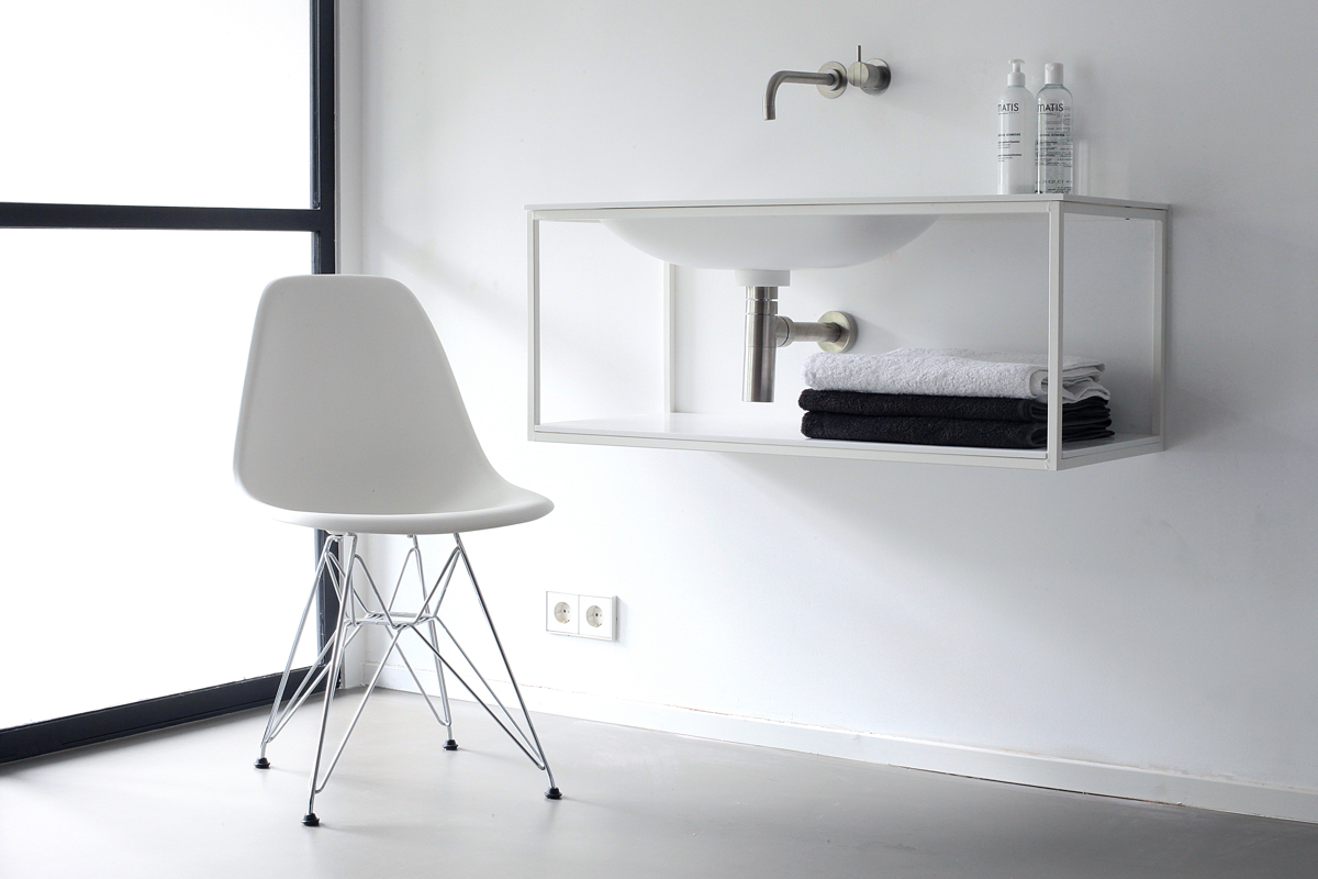 Frame with Blend basin