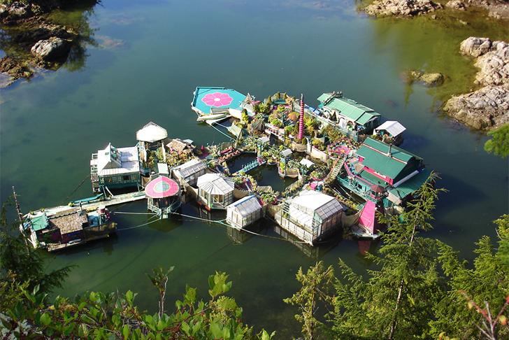 Freedom Cove Self-Sustaining Floating Oasis