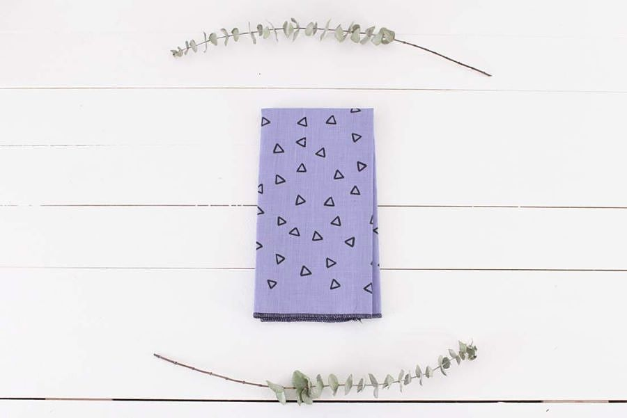 Geo purple napkins by Loft Studio