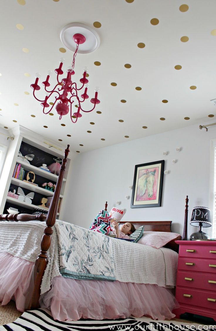 Gold polka dot decals used on the ceiling
