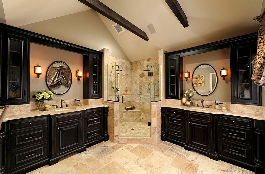 Gorgeous use of the corner area in the traditional bathroom [Design: Davida's Kitchen & Tiles]