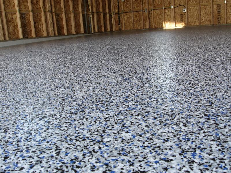 Grey epoxy floor with blue flakes