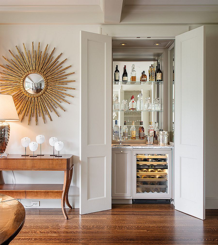 Home bar in the closet complete with a sink and mixer saves up on space [Design: Sutro Architects]