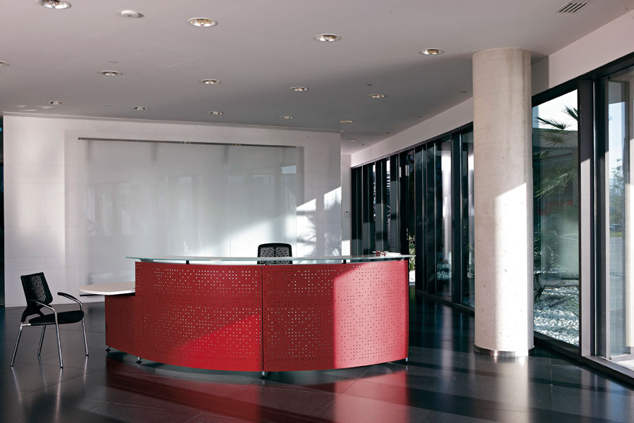 Informa with steel panel