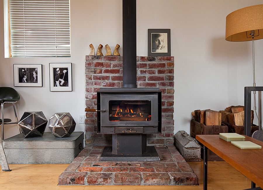 Interesting use of brick section for the fireplace [From: Ira Lippke / New York Times]