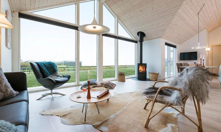 Scandinavian Beauty: Exquisite Summer House Epitomizes Minimal Danish Design
