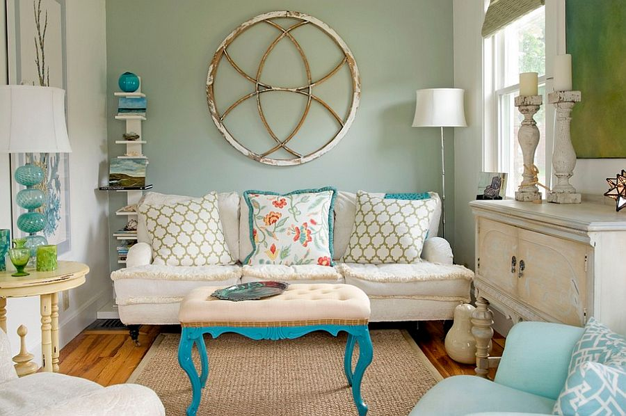 Love the pops of aqua in this eclectic space with coastal vibe