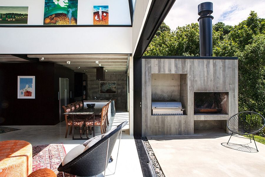 Lower level living area of the Auckland home that flows into the backyard