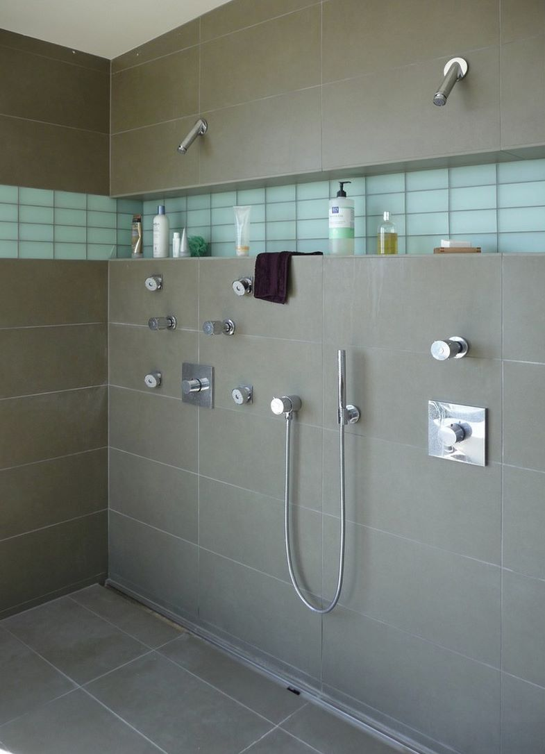 Modern porcelain tile shower