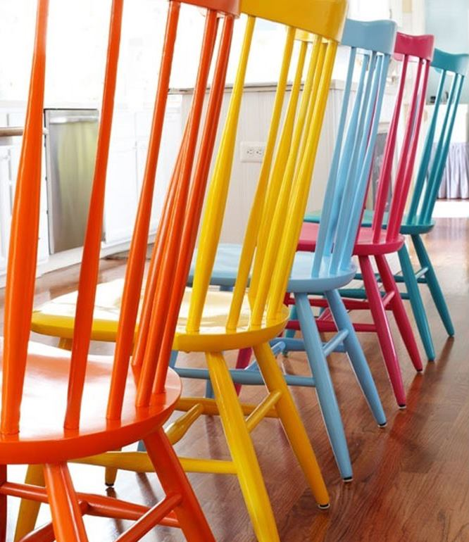 Multicolored chairs add unexpected flair